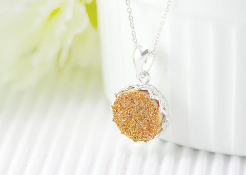 Druzy Necklace,Crown Druzy Necklace,Agate Necklace,Bridesmaid,princess,Gemstone Necklace,Trending,graduation,gifts,Silver,stone