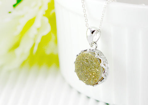 Stone,Druzy Necklace,Crown Druzy Necklace,Agate Necklace,Geode Necklace,Gemstone Necklace,Trending,Bridesmaid,Silver,Quartz,Stone necklace