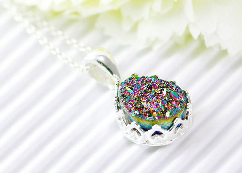 Druzy Necklace,Crown,Princess,Bridesmaid,Agate Necklace,Geode Necklace,Gemstone Necklace,Trending,Bridesmaid,Sparkle,Rainbow,peacock,stone