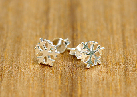 Leaf earring,Silver Stud,Silver Earrings,Leaf Stud,Leaf,Tiny Stud,Tiny Earrings,Love earrings,Lovely Earring,Lucky leaf