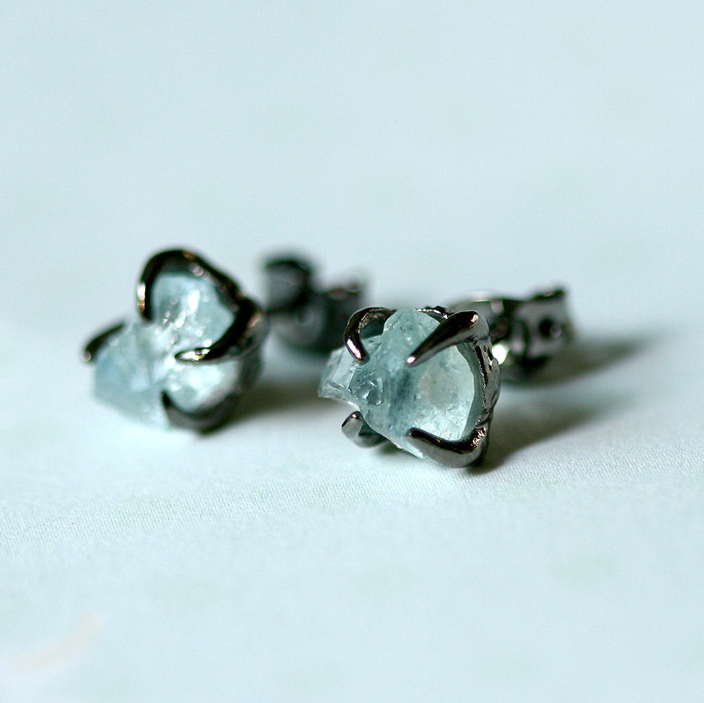 Aquamarine Earrings,Raw Aquamarine,Raw Stone Earrings,Raw Crystal Earrings,Stone,Stud earrings,Quartz Earrings,Rough Stone