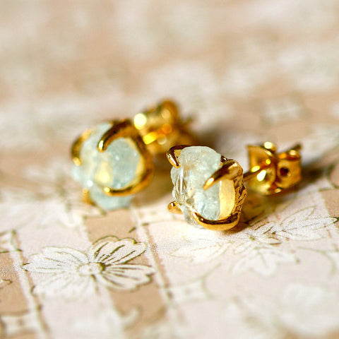 Fluorite Earrings,Gold earrings,Raw Stone Earrings,Raw Crystal Earrings,Stone,Stud earrings,Quartz Earrings,Rough Stone