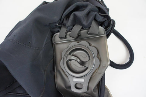 Mens Zipless Hydration Vest