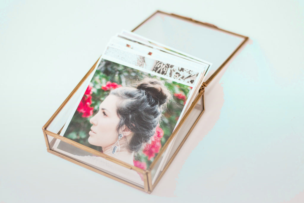glass photo box for photographers