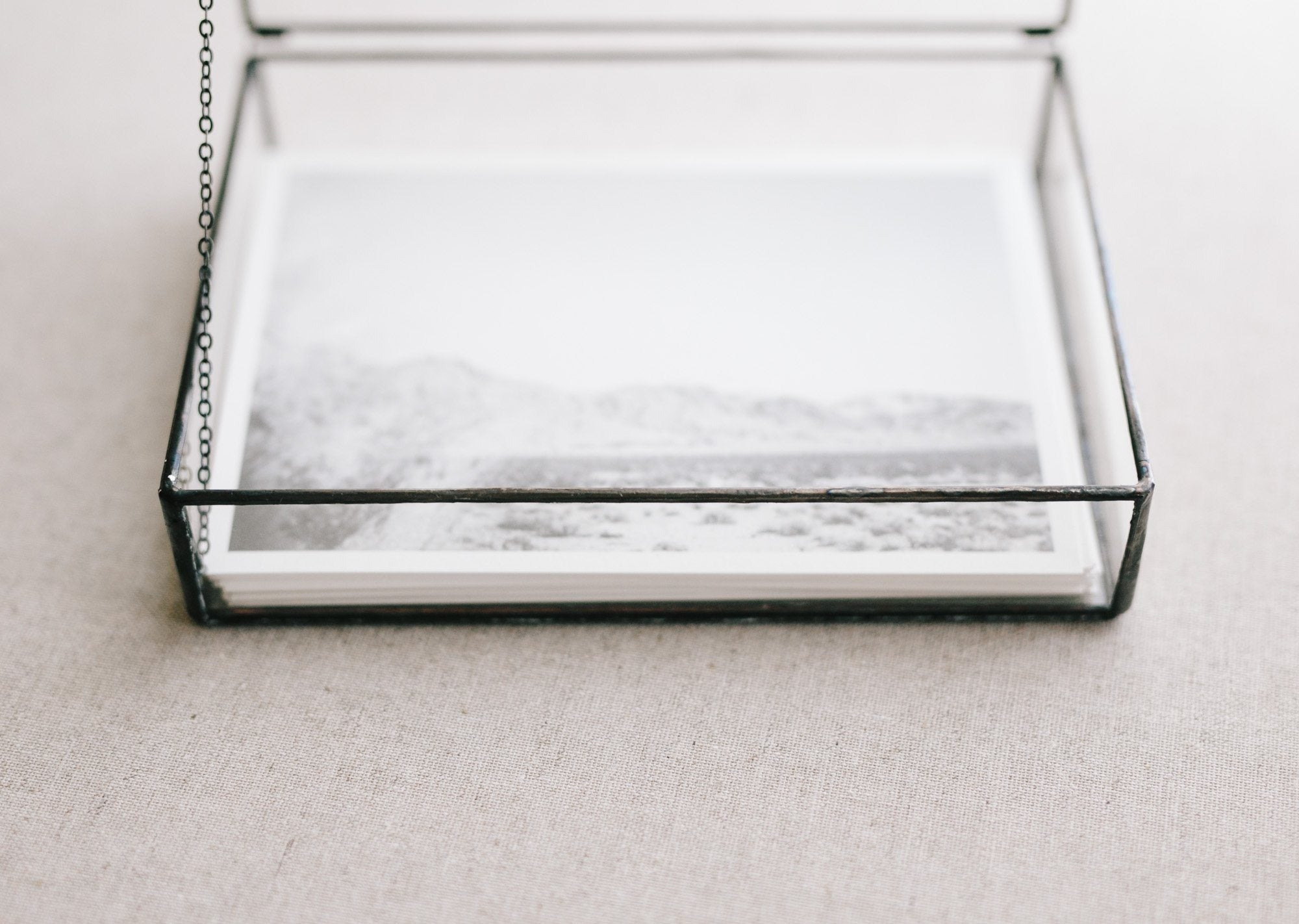 Understated Glass Box 5x7 // Mon Trésor Collection