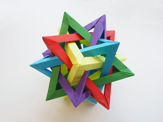 EASIEST WAY TO MAKE A 5 INTERSECTING TETRAHEDRA