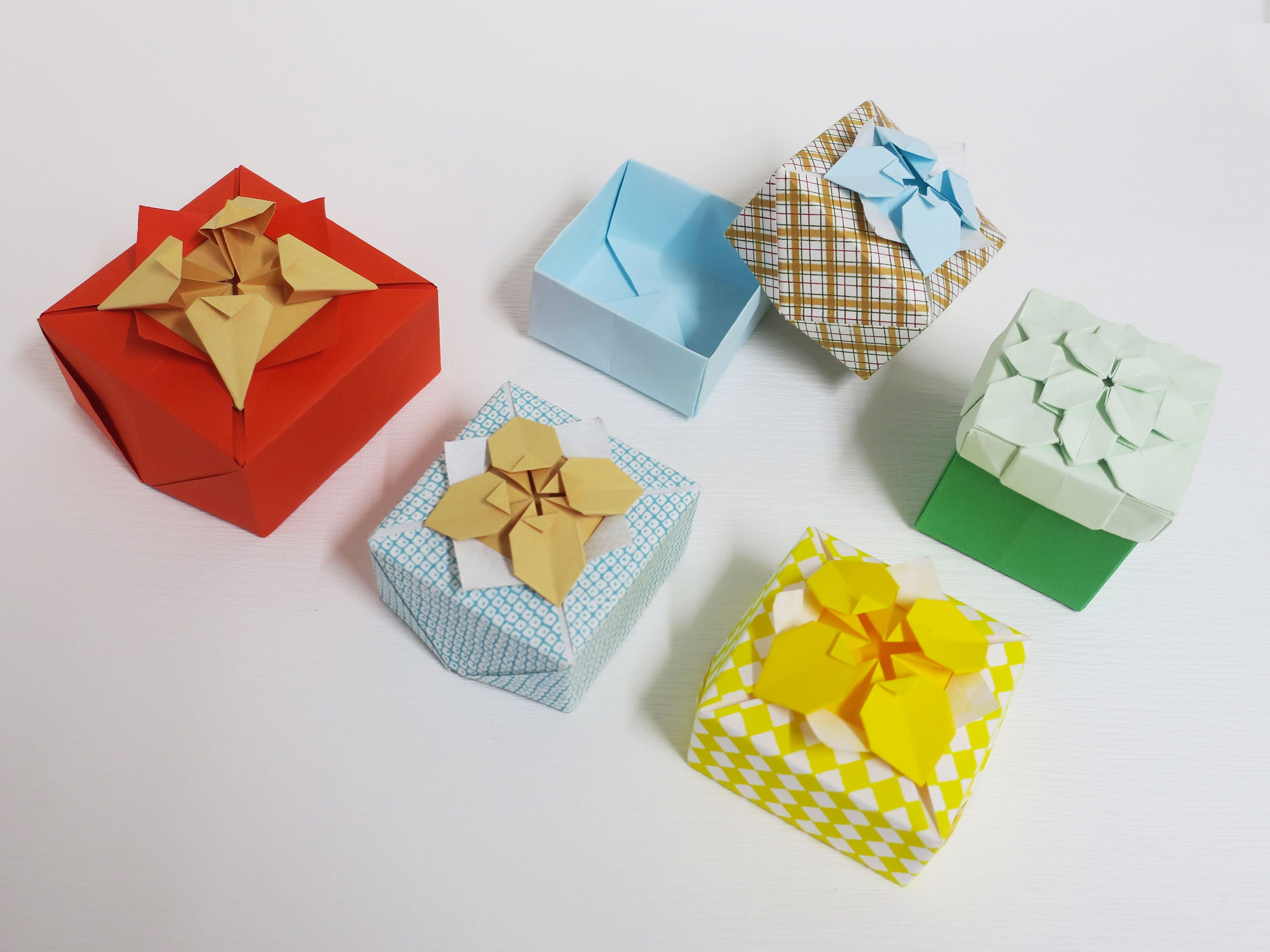Easy DIY Origami Paper Craft Gift Box