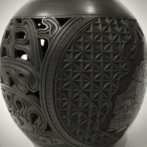 Traditional Chinese Handcraft Black Clay - VAULT OF-HEAVEN VASE (Large) Pattern: The Eight Immortals