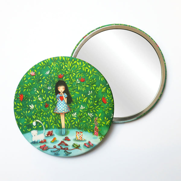 Round Pocket Makeup Mirror - What To Choose - Pocket Mirrors - Lavender Home London