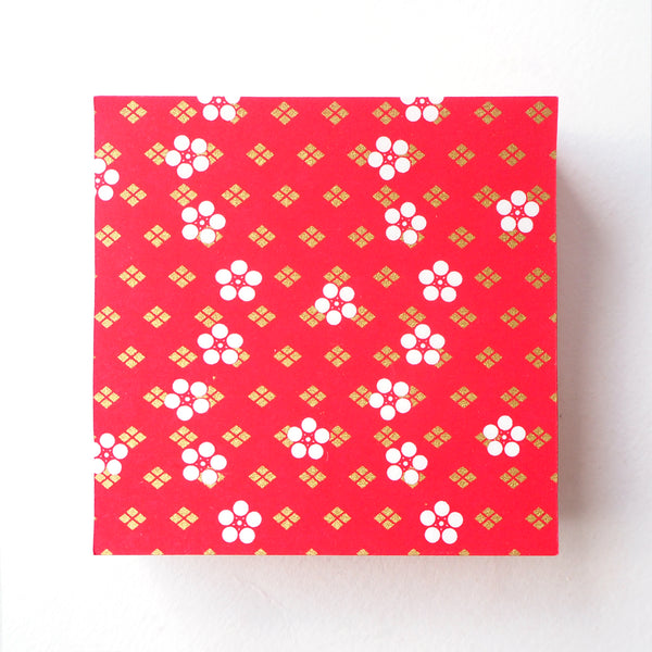 Pack of 100 Sheets 7x7cm Yuzen Washi Origami Paper - Rounded Cherry Blossom & Diamond Flower Red