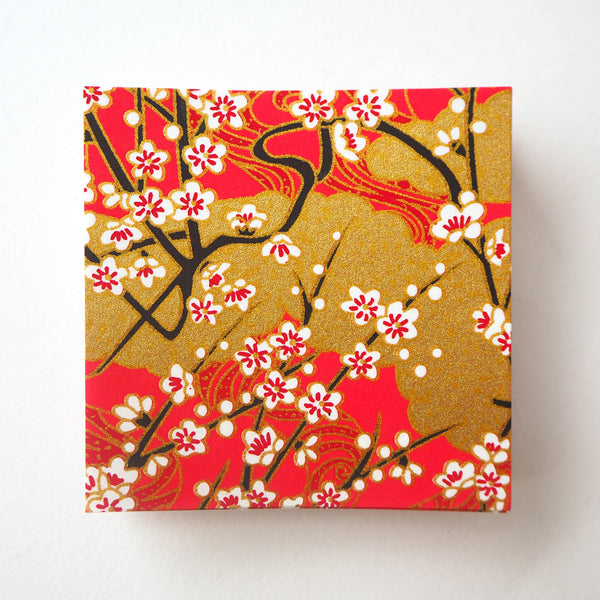 Pack of 100 Sheets 7x7cm Yuzen Washi Origami Paper HZ-383 - Cherry Blossom & Gold Clouds Red