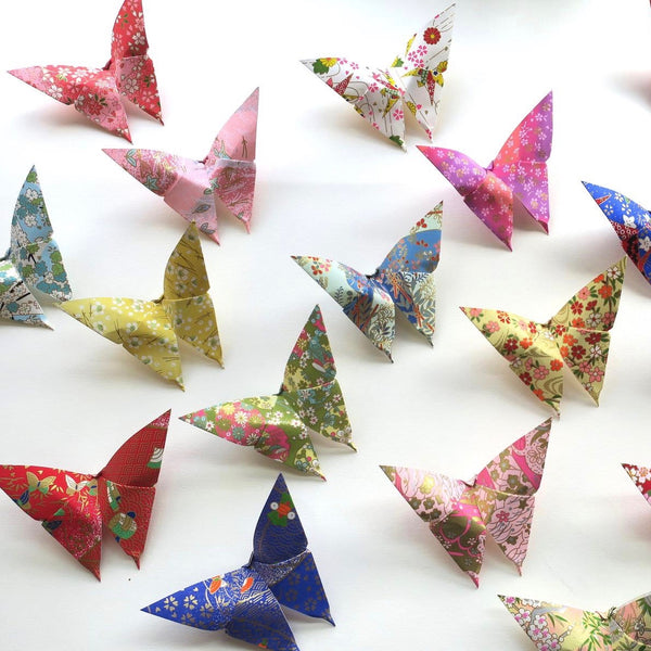 Pack of 5 or 15 Yuzen Washi Origami Paper Butterflies - Large - Origami Decorations - Lavender Home London