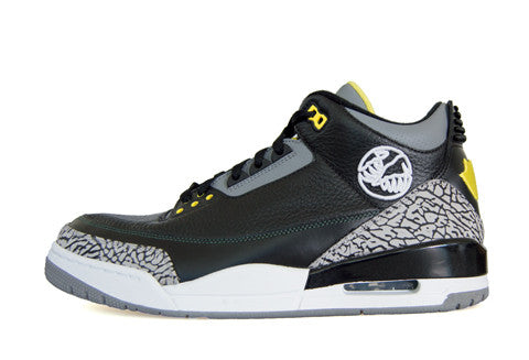 Air Jordan 3 Oregon PE