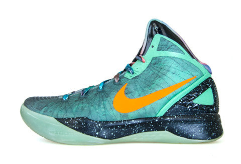 separation shoes 7df29 a6d83 Nike Hyperdunk Galaxy Blake Griffin PE – The Collection Miami