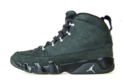 Air Jordan 9 Oregon Ducks PE