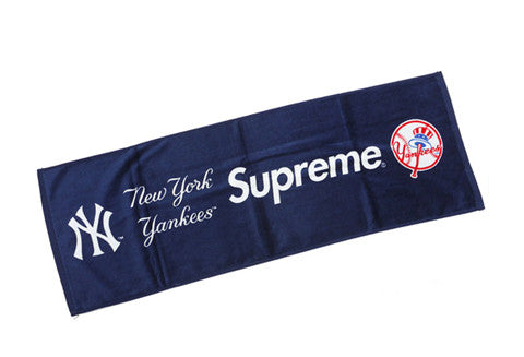 Supreme New York Yankees Navy Hand Towel