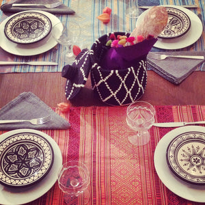 How to set a cool and festive table