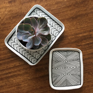 products/NEW_PORCEAIN_TRAYS_with_succulent_atelierBOEMIA.jpg