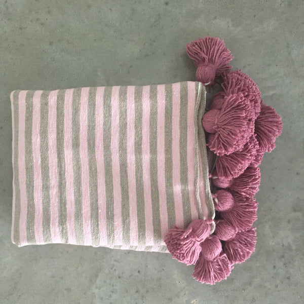 IRIS throw BLUSH/TAUPE/BERRY
