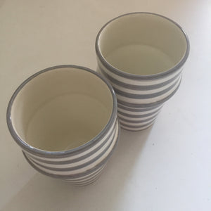 BULLSEYE BELL & DEE cups set of 2 GRAY