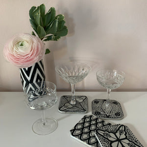 products/atelierboemia_coasters_and_triangle_vase.jpg