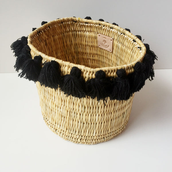 SEVERINE basket with tassels- large BLACK