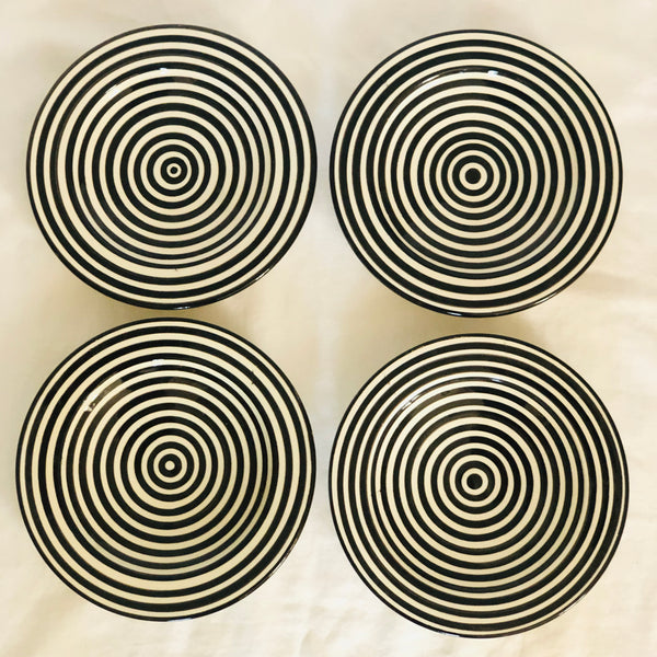 BULLSEYE APPETIZER plates set of 4 BLACK