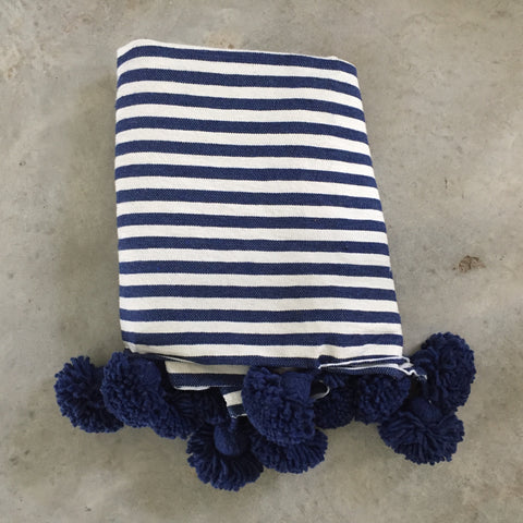 IRIS throw - cobalt blue/white