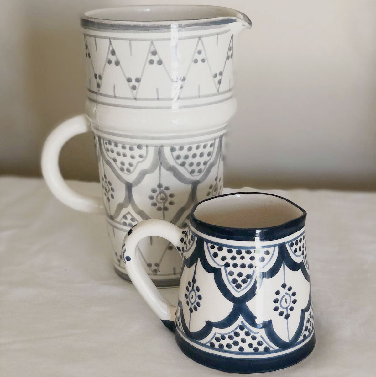 MILK pitcher NAVY