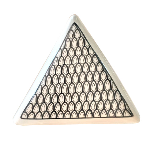 TRIANGLE porcelain appetizer platter
