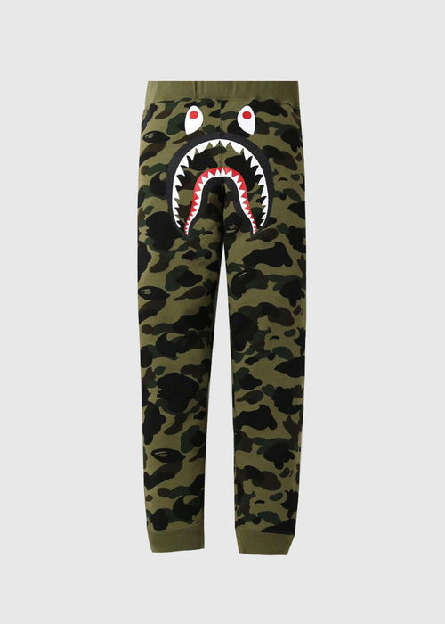 /products/bape-shark-swtpnts-001ptg301001x-grn