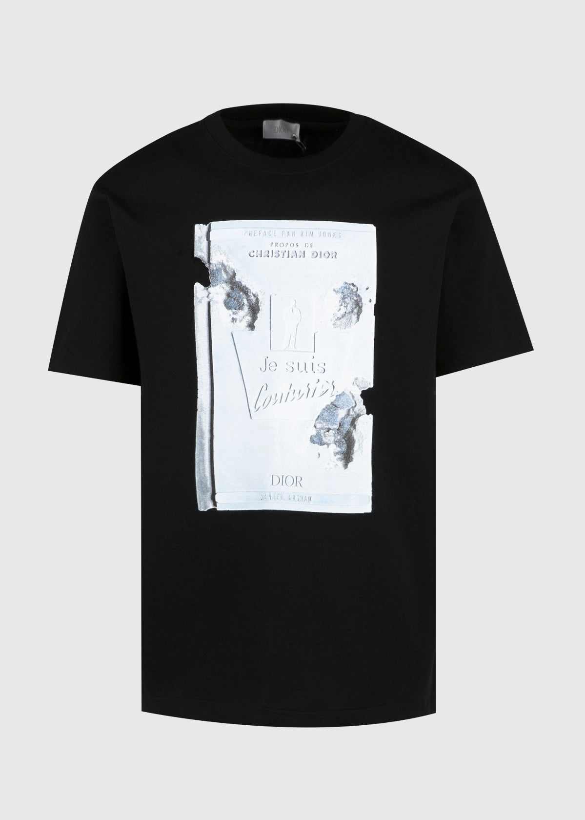 DIOR: 3D PRINT 'JE SUIS COUTURIER' BOOK SS TEE [BLACK]