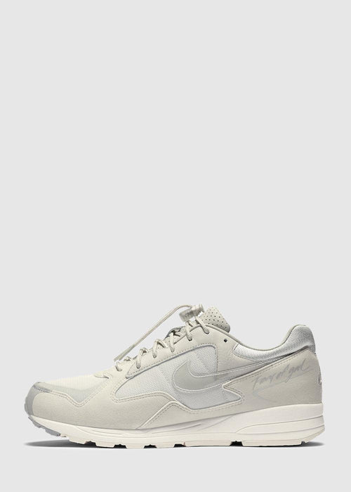 /products/nike-x-fear-of-god-air-skylon-ii-bone