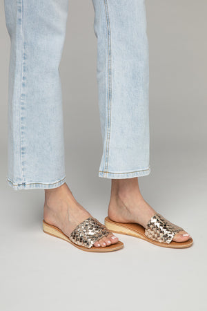 Pipeline Sandal - Gold