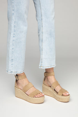 Soire Wedge - Natural Sand