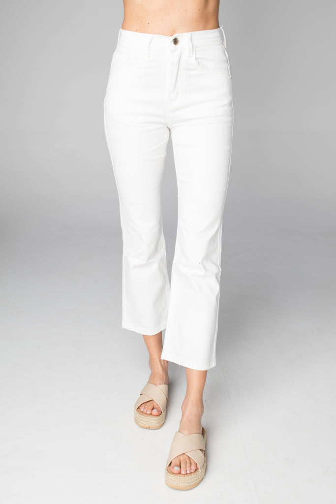 BuddyLove Lively High-Waisted  Mom Jean - White