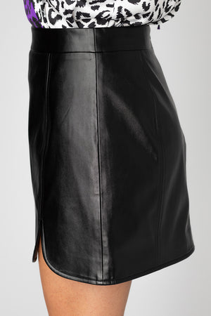 BuddyLove Carli Faux Leather Mini Skirt- Black