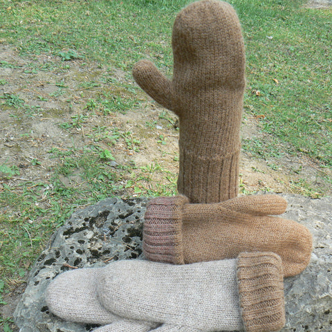 Heavy-knit Reversible Mittens
