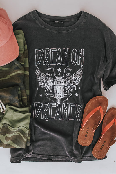 Dream on dreamer graphic tee.