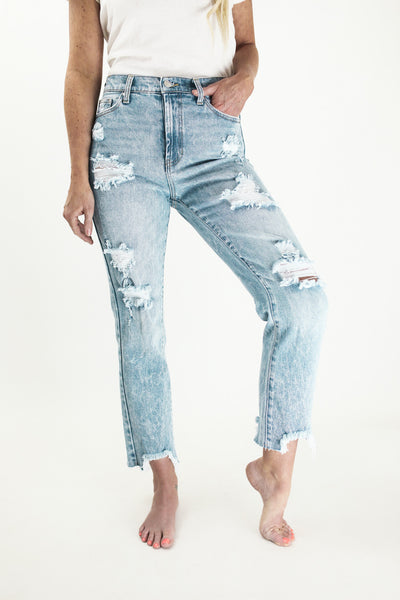 The Iconic Extra Straight Distressed Jean
