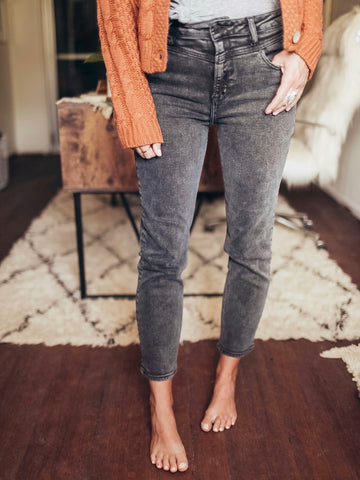 Hidden Zoey Mom Fit Jeans