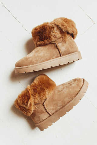 Fur lined winter boot.