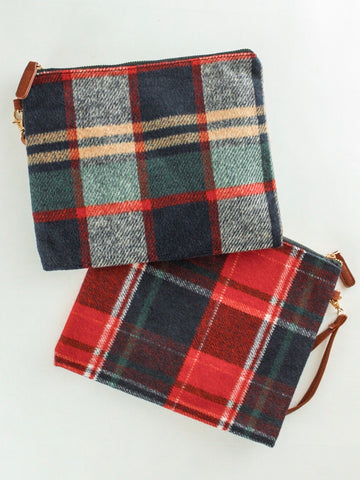 Waverly Plaid Wristlet