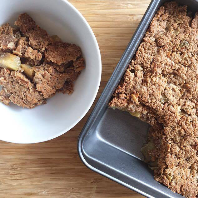 Recipe Of The Week / Apple & Coconut Crumble