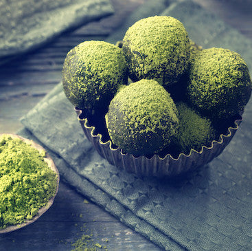 Recipe / Matcha Coconut Energy Balls