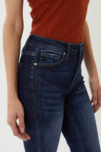Load image into Gallery viewer, Sami KanCan High Rise Distressed Jean