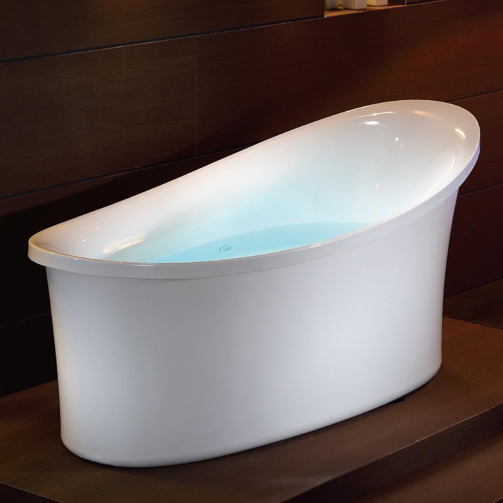 6 ft White Free Standing Air Bubble Bathtub