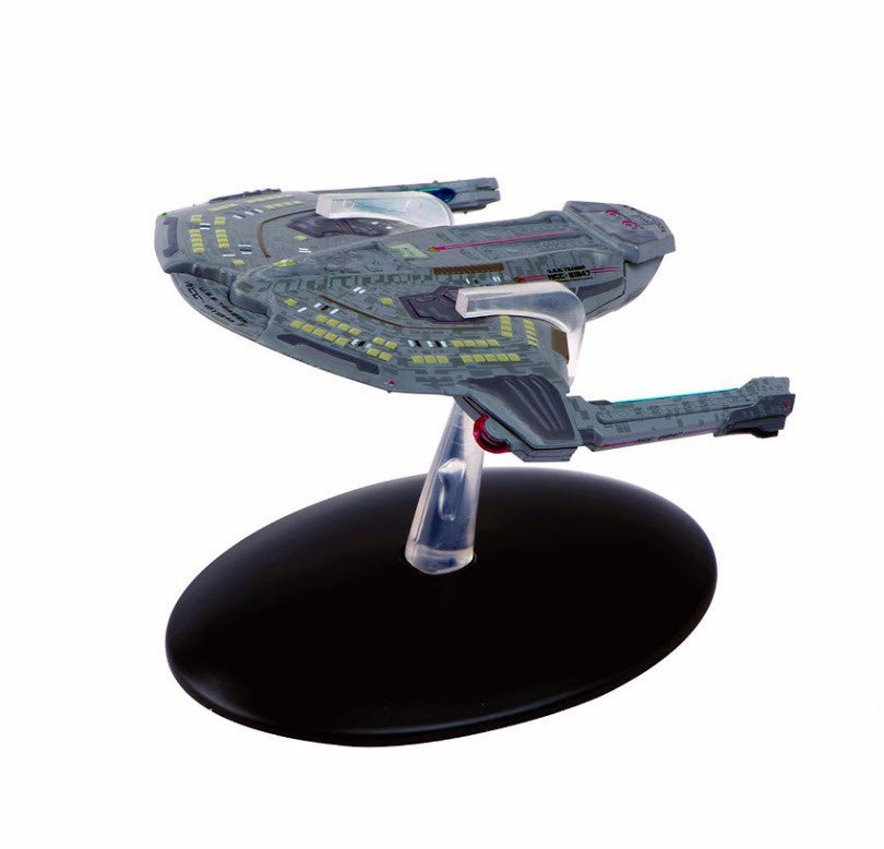 Eaglemoss Star Trek Saber Class and Magazine