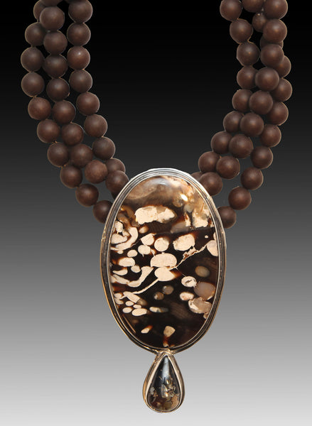 NEW - Agate Beads With Blue Amber Pendant - Inspired Luxe