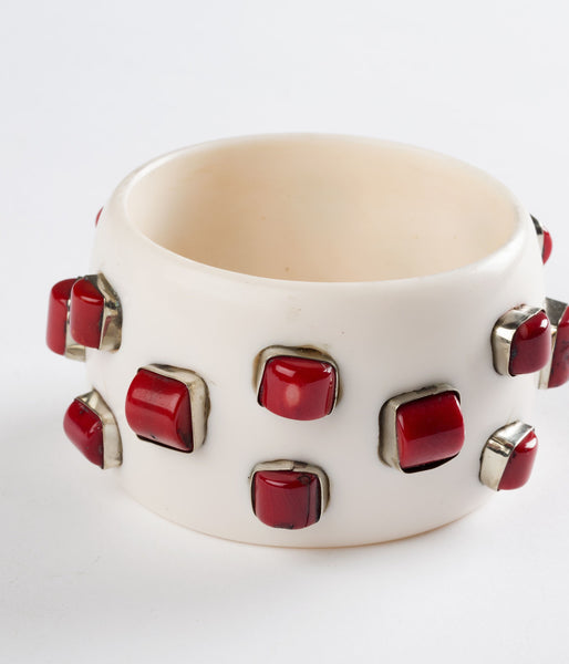 Bangle (Ivory with Small Coral) - Inspired Luxe